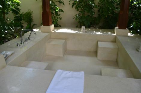 Outdoor bathtub!