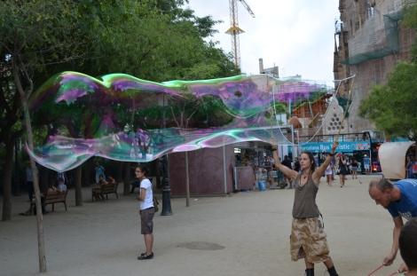 Random couple making bubbles.