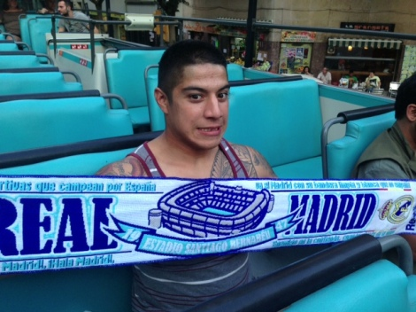 Not very smart flaunting Madrid colors in a double-decker bus in the middle of Barca. But I wanted to show Rac what I got her from a local soccer store. Sorry Charchar!