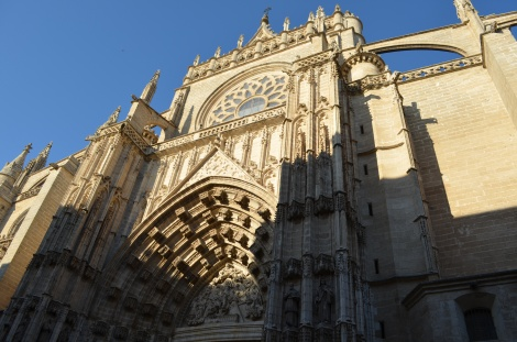One of the many sides of the Seville Cathedral.