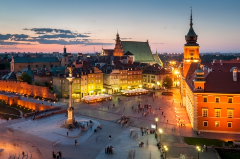 Night Panorama of Royal Castle and Old Town in Warsaw, Poland photo courtesy of property-krakow.com